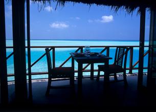 海辺のレストラン モルディブの写真素材 [FYI03883842]