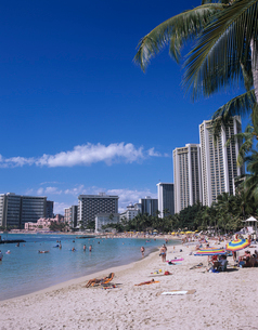 ワイキキビーチ ハワイの写真素材 [FYI03884639]