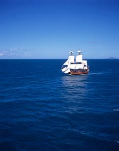 帆船バークエンデバーの空撮の写真素材 [FYI03884966]