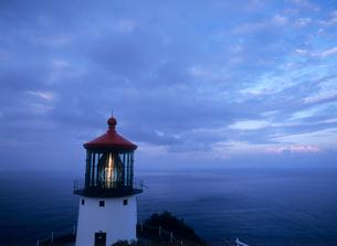 マカプウ岬灯台 オアフ島の写真素材 [FYI03885038]