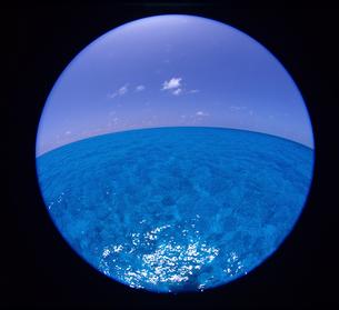 海面の写真素材 [FYI03885432]