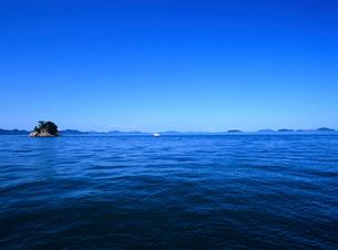 瀬戸内海の島 燧灘の写真素材 [FYI03886356]