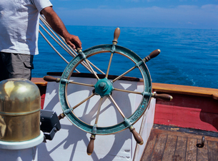 帆船の舵の写真素材 [FYI03886418]