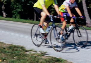 走る自転車の写真素材 [FYI03886448]