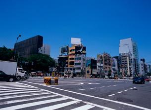 表参道交差点 東京都の写真素材 [FYI03886571]