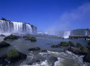 イグアスの滝の写真素材 [FYI03887180]