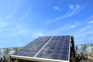 太陽光発電のソーラーパネルの写真素材 [FYI03887407]