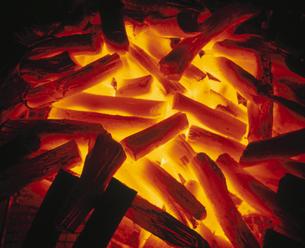 炭火の写真素材 [FYI03897594]