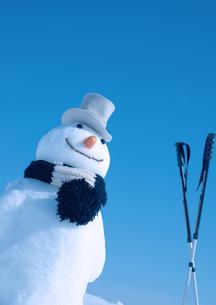 帽子をかぶる雪だるまの写真素材 [FYI03910467]
