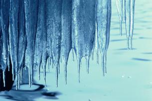 氷柱の写真素材 [FYI03913584]