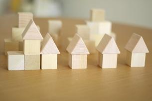 積み木の家の写真素材 [FYI03913898]