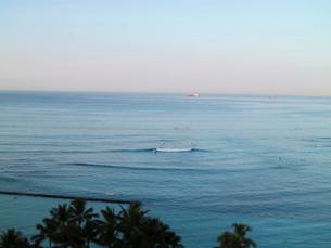 ワイキキビーチサーフィンの写真素材 [FYI03913924]
