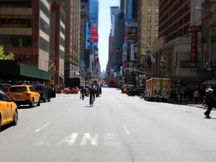 マンハッタンストリートの写真素材 [FYI03913933]