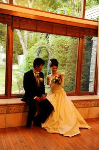新郎と新婦の写真素材 [FYI03917695]
