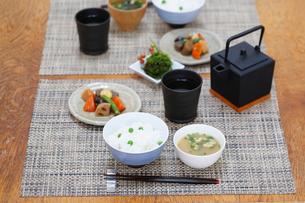 和の食卓の写真素材 [FYI03918193]