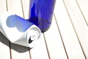 空き缶と空き瓶の写真素材 [FYI03919573]