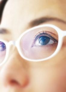 女性の目の写真素材 [FYI03920328]