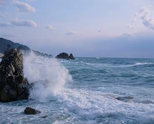 笹川流れの波しぶきの写真素材 [FYI03924155]