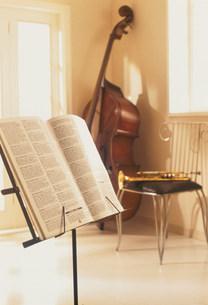 音楽イメージの写真素材 [FYI03924941]