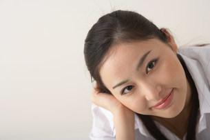 女性の顔の写真素材 [FYI03926847]