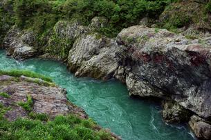 飛水峡 飛騨川  の写真素材 [FYI03930121]