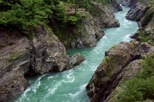 飛水峡 飛騨川  の写真素材 [FYI03930122]