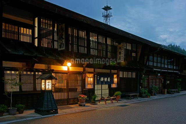 中山道 奈良井宿・夕景の写真素材 [FYI03930514]