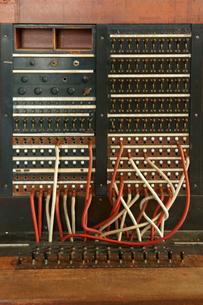 旧八百津発電所資料館 本館 送電棟の手動交換機の写真素材 [FYI03930587]