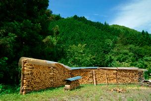 薪棚 の写真素材 [FYI03930914]