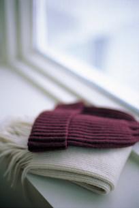 帽子とマフラーの写真素材 [FYI03931924]