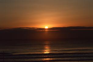 日の出の写真素材 [FYI03932100]