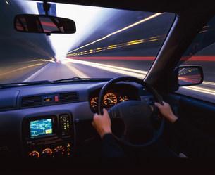 車の運転の写真素材 [FYI03932460]