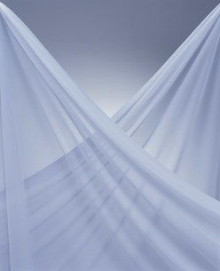 白の布の写真素材 [FYI03932694]