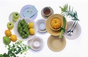 皿にのった飲食物の写真素材 [FYI03932937]