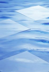 水面イメージの写真素材 [FYI03933945]