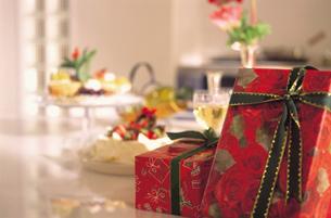 クリスマスプレゼントの写真素材 [FYI03933954]