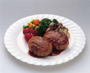 肉料理の写真素材 [FYI03935670]