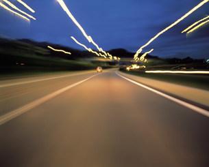道路の写真素材 [FYI03937187]