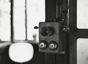 木製電話機の写真素材 [FYI03937856]