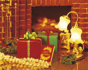 クリスマスプレゼントの写真素材 [FYI03937894]
