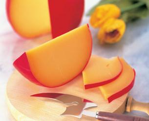 エダムチーズの写真素材 [FYI03939265]