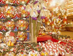 酉の市 鷲神社の写真素材 [FYI03943477]