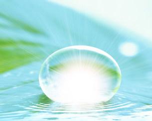水滴の写真素材 [FYI03943508]