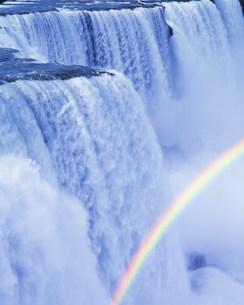 滝の写真素材 [FYI03943532]