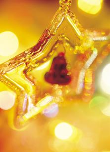 クリスマスオーナメントの写真素材 [FYI03945021]