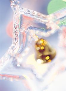 クリスマスオーナメントの写真素材 [FYI03945024]