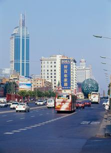 中山路と世界貿易ビルの写真素材 [FYI03945074]