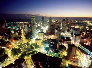中山広場周辺の夜景の写真素材 [FYI03945089]