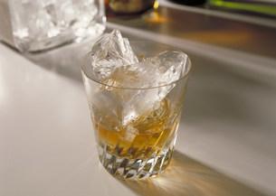 ウイスキーの写真素材 [FYI03946959]