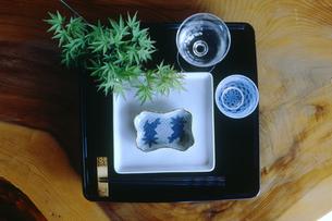 夏のテーブルセットの写真素材 [FYI03947590]